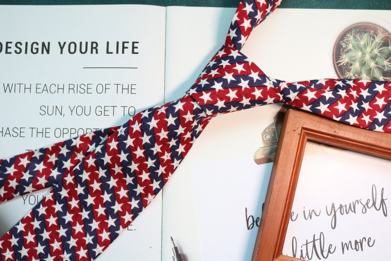 Red-blue American style star tie bolotie