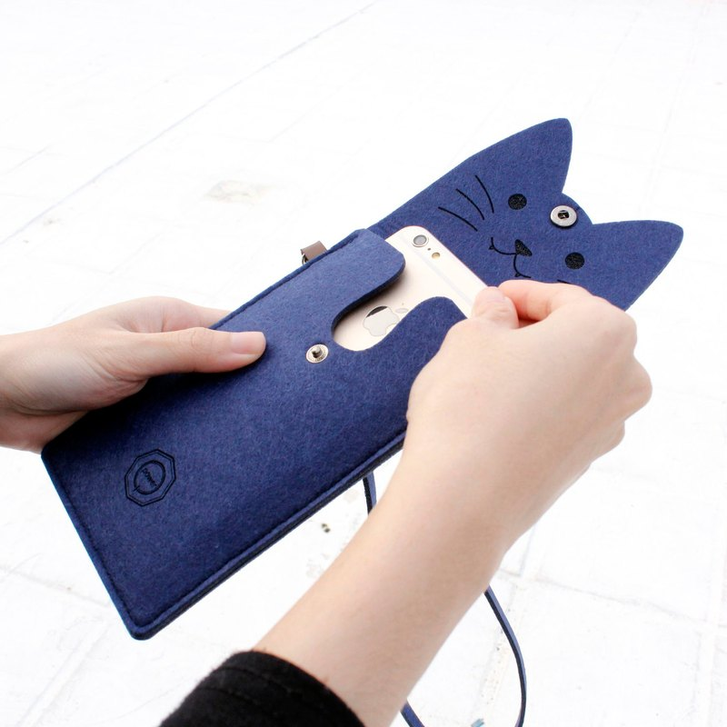 Open a cat cat mobile phone package Portable package with neck strap Blue Cat