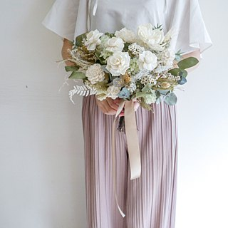 [Spring Scenery and] American style does not withhold flowers / wedding dress / wedding bouquet