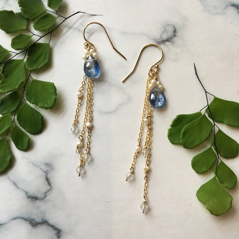 Handmade earrings Miss Hella / Kyanite