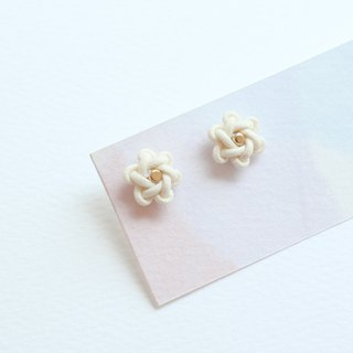 Korean knot arts earrings / Plum blossom