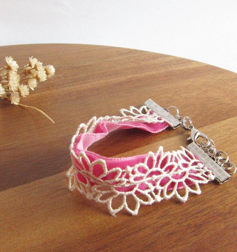 小花剪影蕾絲手鍊