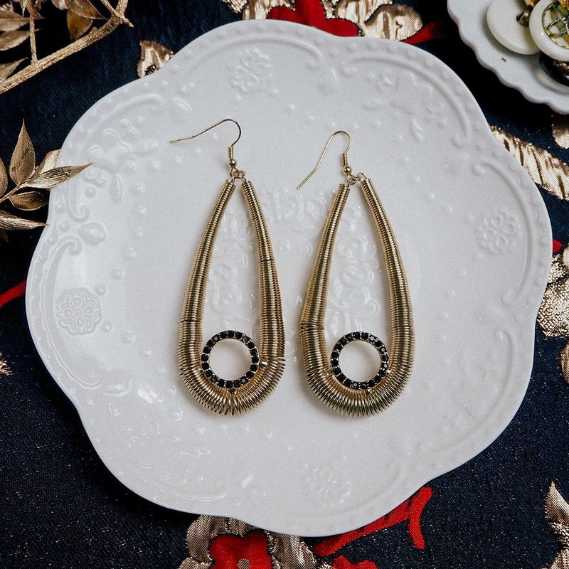 Exaggerated vintage gold drop antique earrings BOA018
