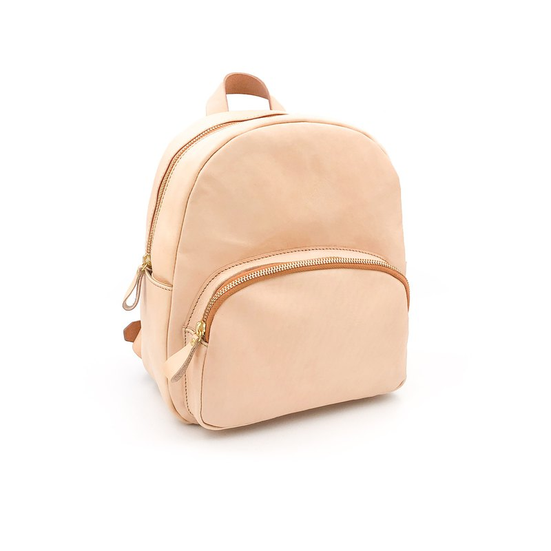 Handmade vegetable tanned leather-round backpack