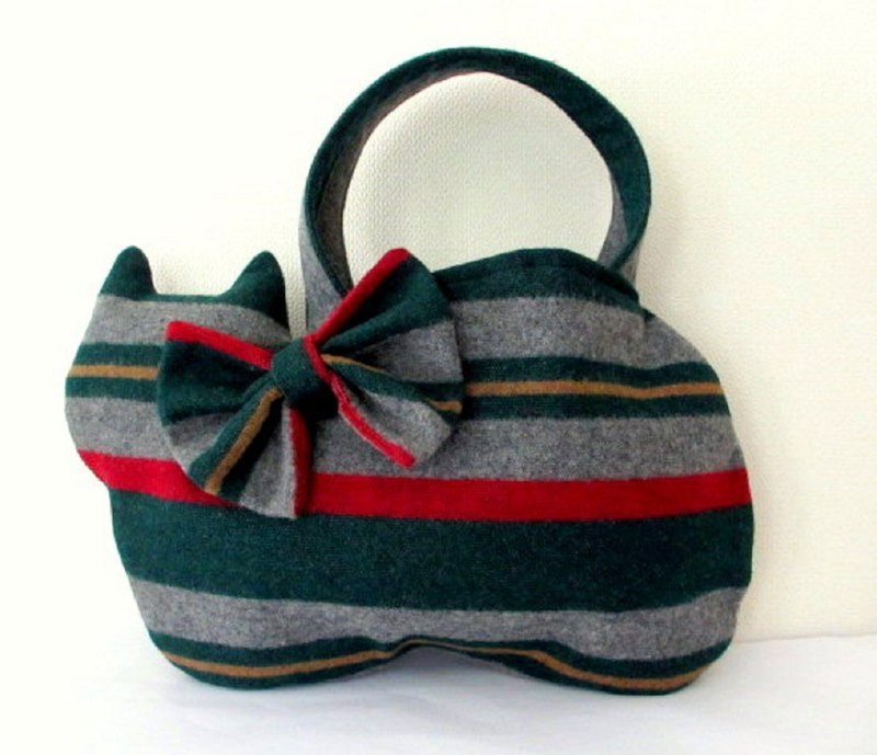 Christmas color Cat bag  Green