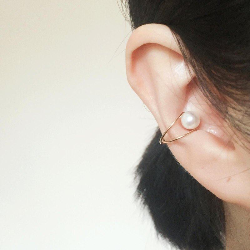 [Another Me] freshwater pearl 14kgf earcuffs earclips