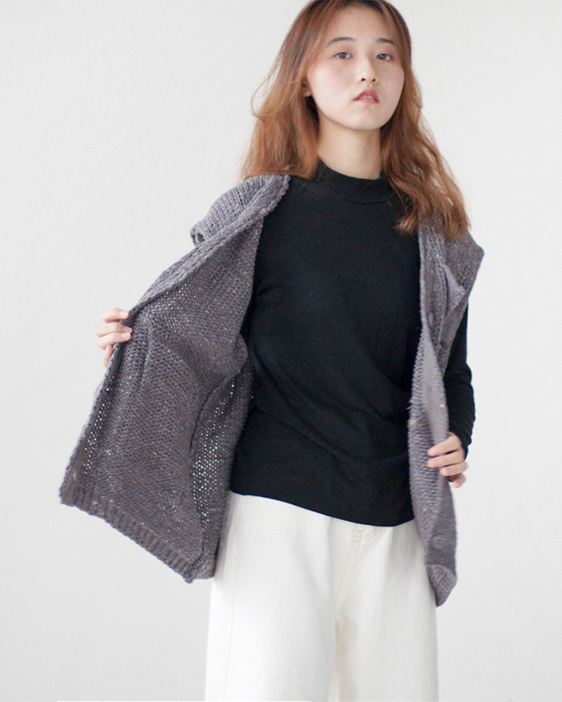 F2studio&moodstudio cooperation welfare autumn loose sweater vest