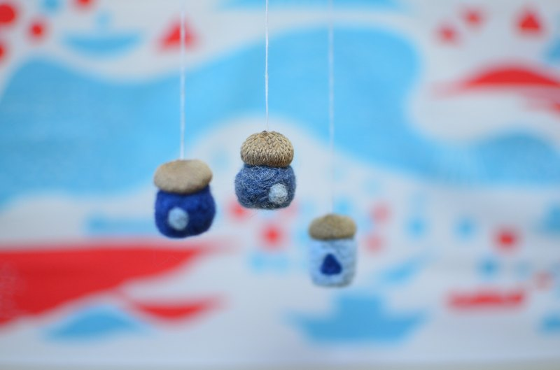 Chestnut house forest ornaments / Kyoto wool with real fruit