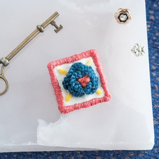 3D Embroidery Wool Flower Brooch - Blue - All handmade