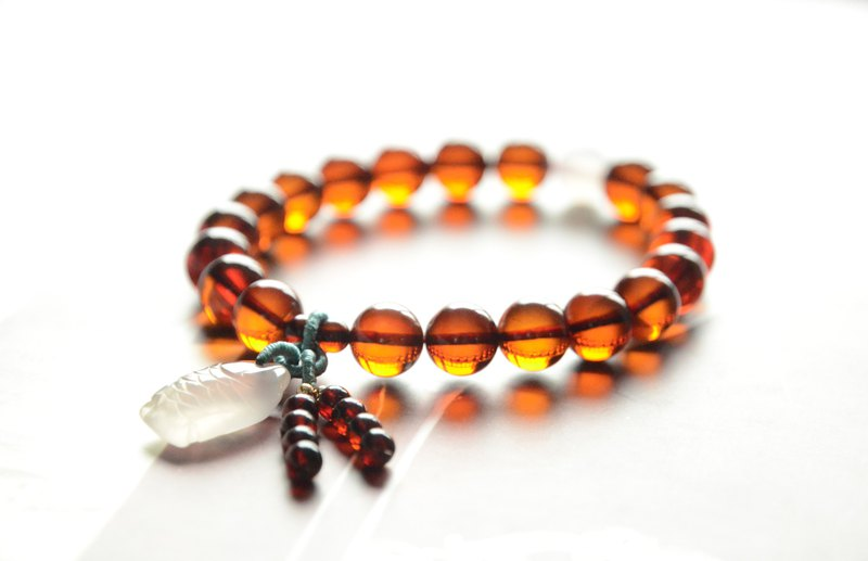 [away sea] Amber natural amber blood literary fresh spring new bracelet