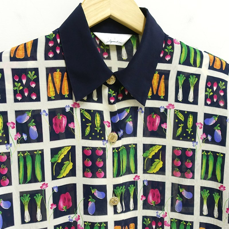 │Slowly│ vegetable club - vintage shirt │vintage. Retro. Literature