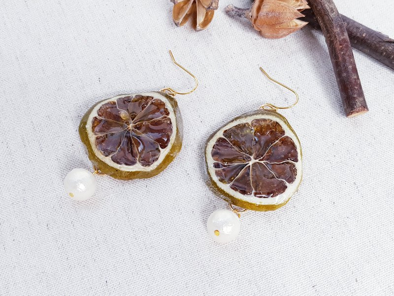 Summer lemon slice earrings