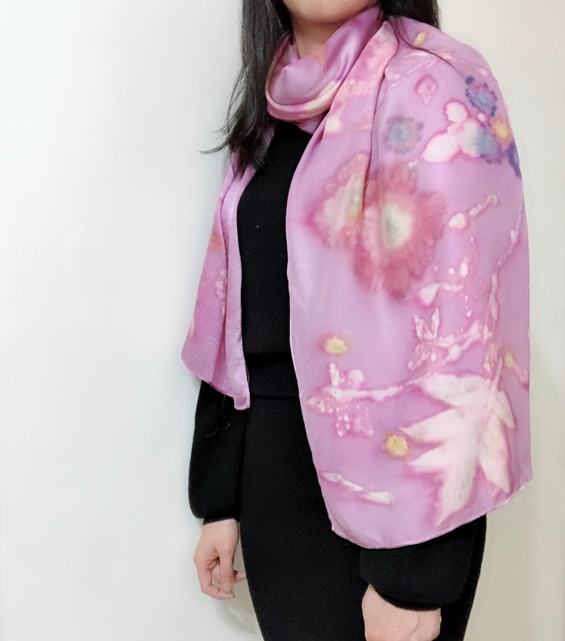 Candy Lover - Floral Leaf Printed Wood Stained Silk Scarf / Shawl