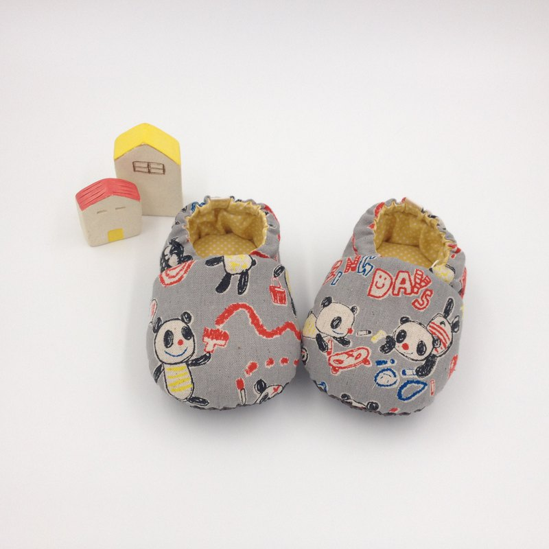 Hand-painted panda gray bottom - toddler shoes / baby shoes / baby shoes