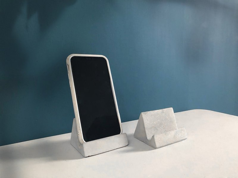 【24H Shipment】 Cement Mobile Phone Holder / Business Card Holder / Commodity Card Stand @ JU 多 肉