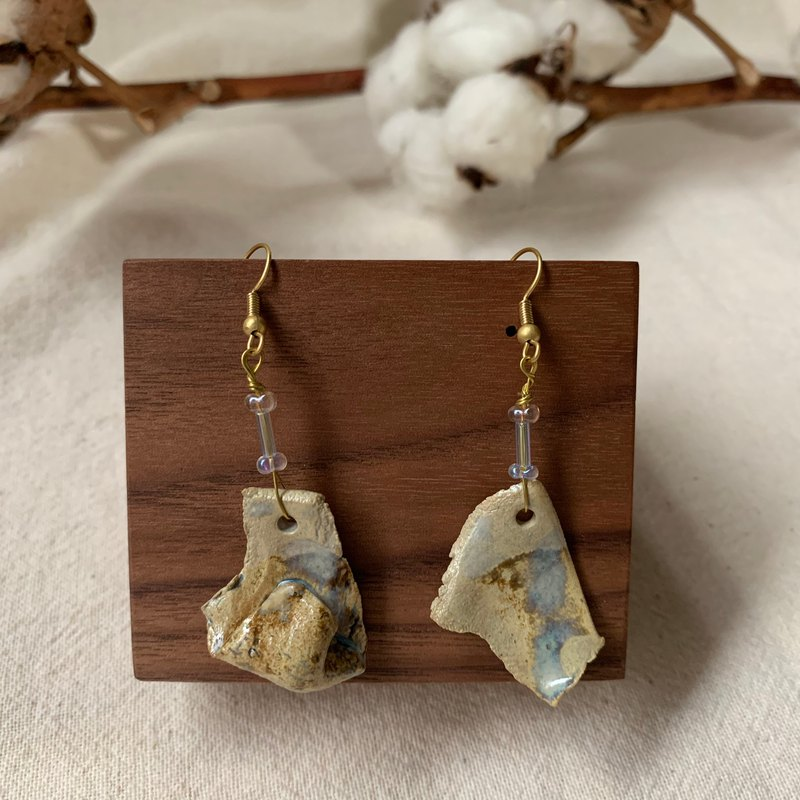 Clay irregular earrings 1