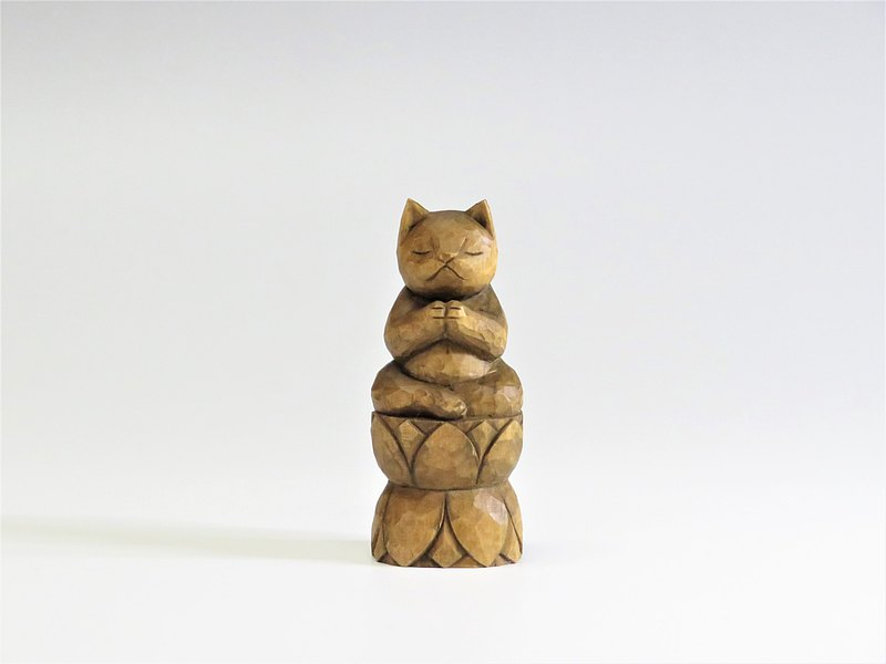Wood carving cat, Cat to pray sitting in the lotusA1221