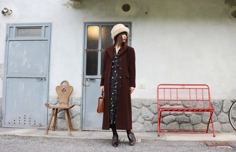 F3055 [Vintage jacket] Italian made long brown wool coat jacket
