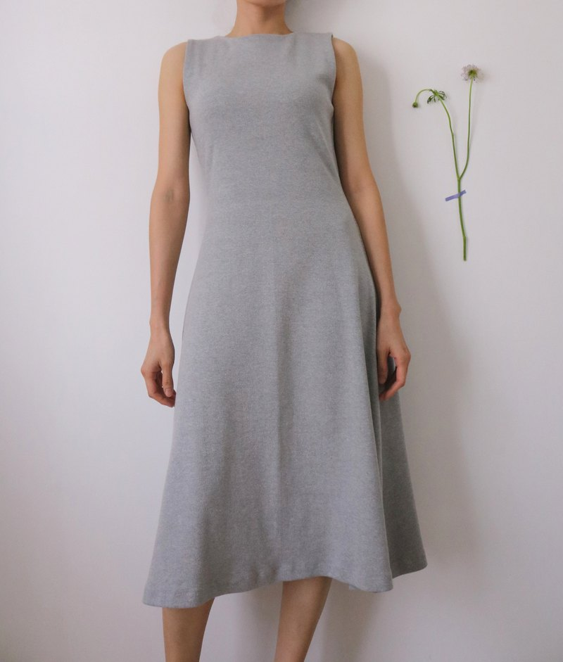 Tatiana Dress light grey ribbed irregular knee vest dress