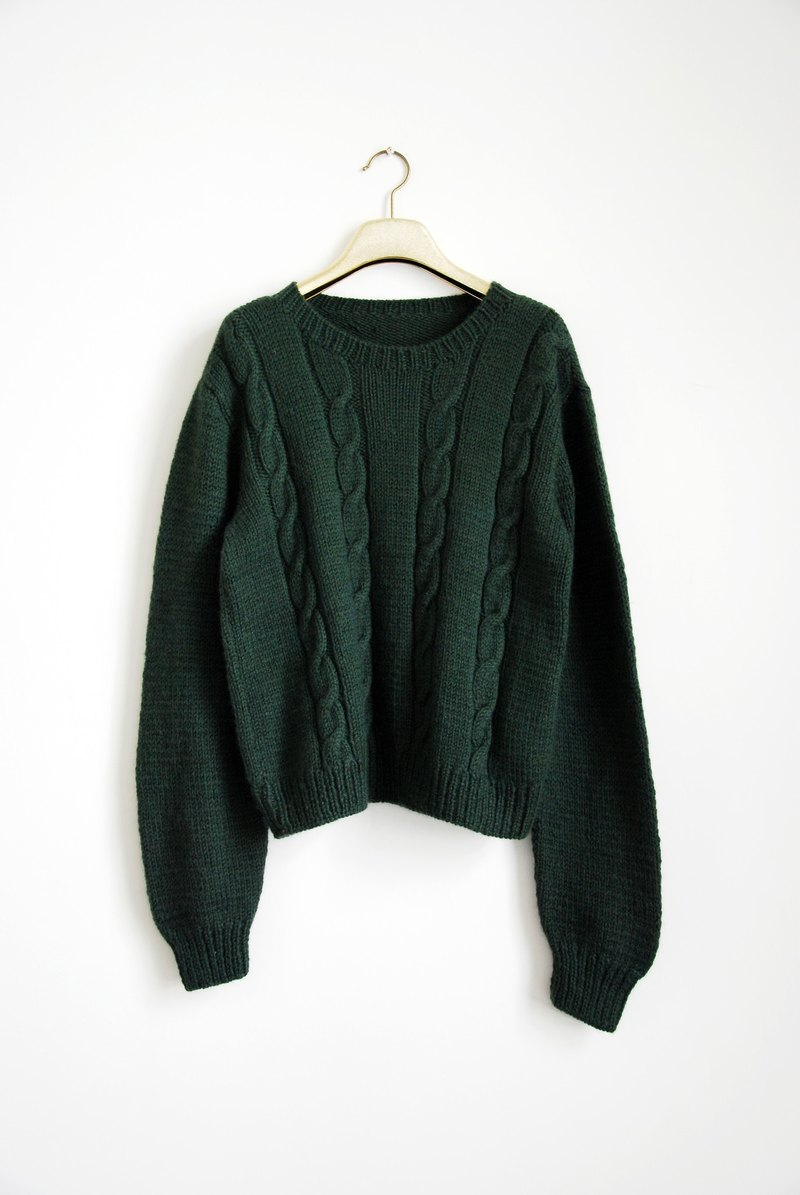 Vintage twist sweater