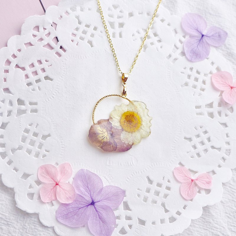 Mamore Flowers 18K Gold Plated Necklace