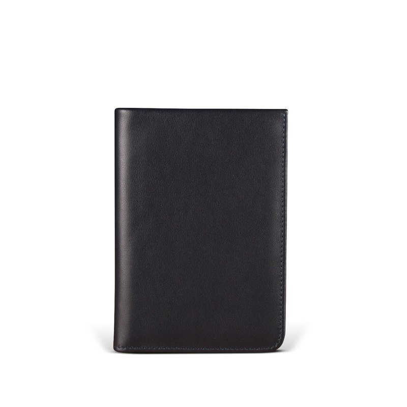 STORYLEATHER Spot Voyager Passport Holder + Brand Name Style 91157