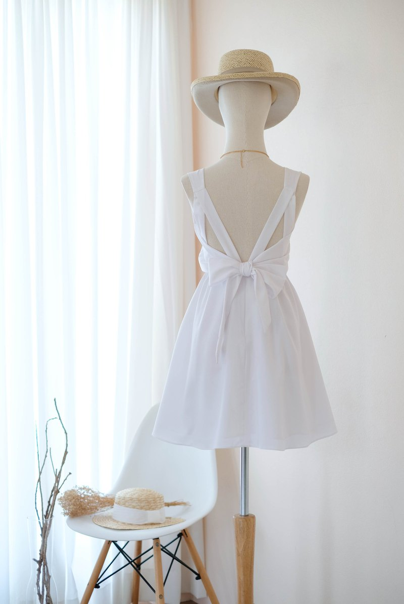 Pure white Dress Bridesmaid dress backless party Cocktail short dress