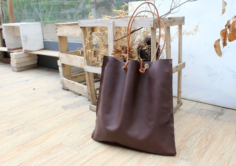 Original handmade retro leather tote handbags ins simple first layer leather shoulder bag literary commuter side backpack