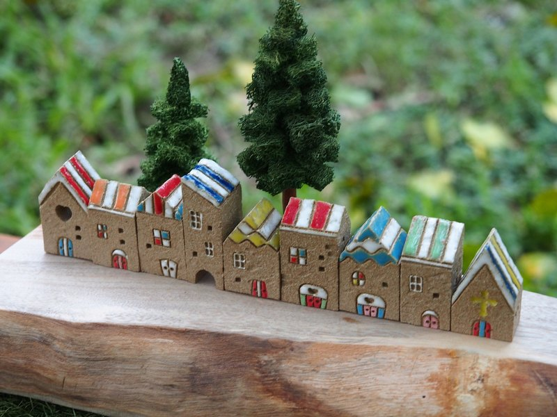 [painted village B] hand-painted rainbow house group 9 / original price 2520 yuan (excluding wood and accessories)