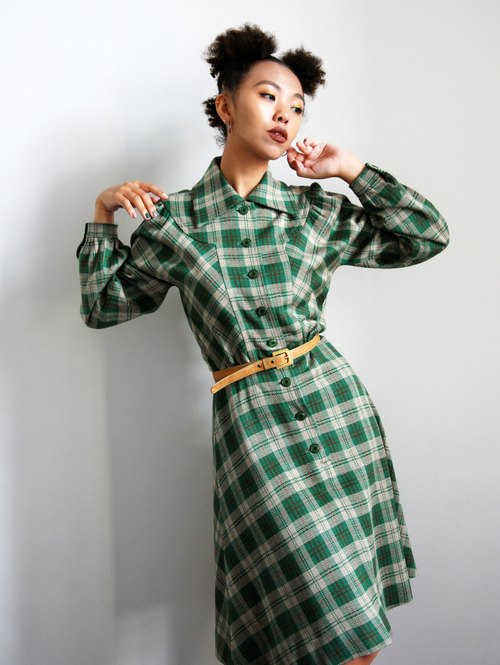 Pumpkin Vintage. Ancient plaid thick material dress