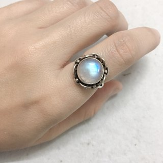 Moonstone Ring Made in Nepal 92.5% Silver