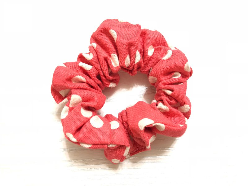 Cotton leprosy is a little bit. Red / large intestine circle hair bundle. Donut hair bundle. Hair ring
