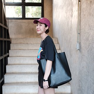 WHITEOAKFACTORY Denise shoulder bag - Black