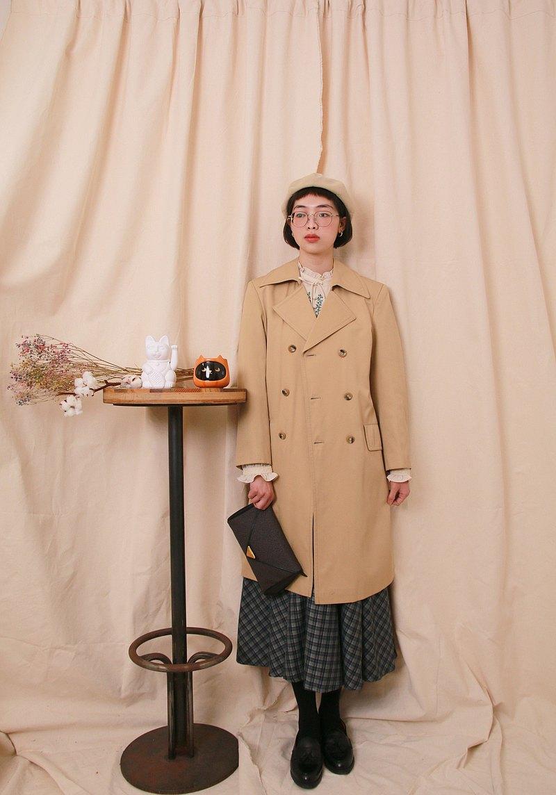Back to Green:: 風衣外套 奶油色 收腰 vintage Coat
