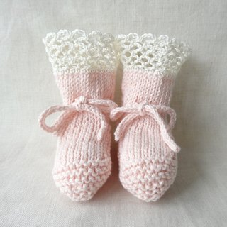 3M~ organic cotton lacy baby booties 394