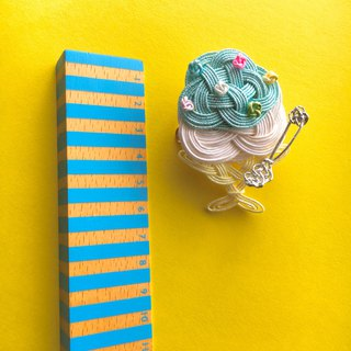 """Blue HAWAII""Shaved Ice Brooch/Hair accessory"