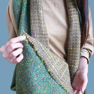 Winter good friend - stitching wool pointed scarf