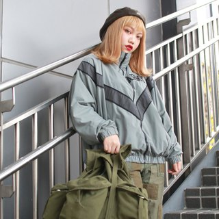 Back to Green:: US Army Training Jacket Army //Vintage Jacket