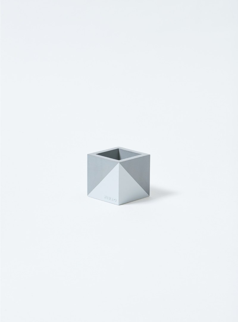 NIHAO | Cement pot small square (quiet white)