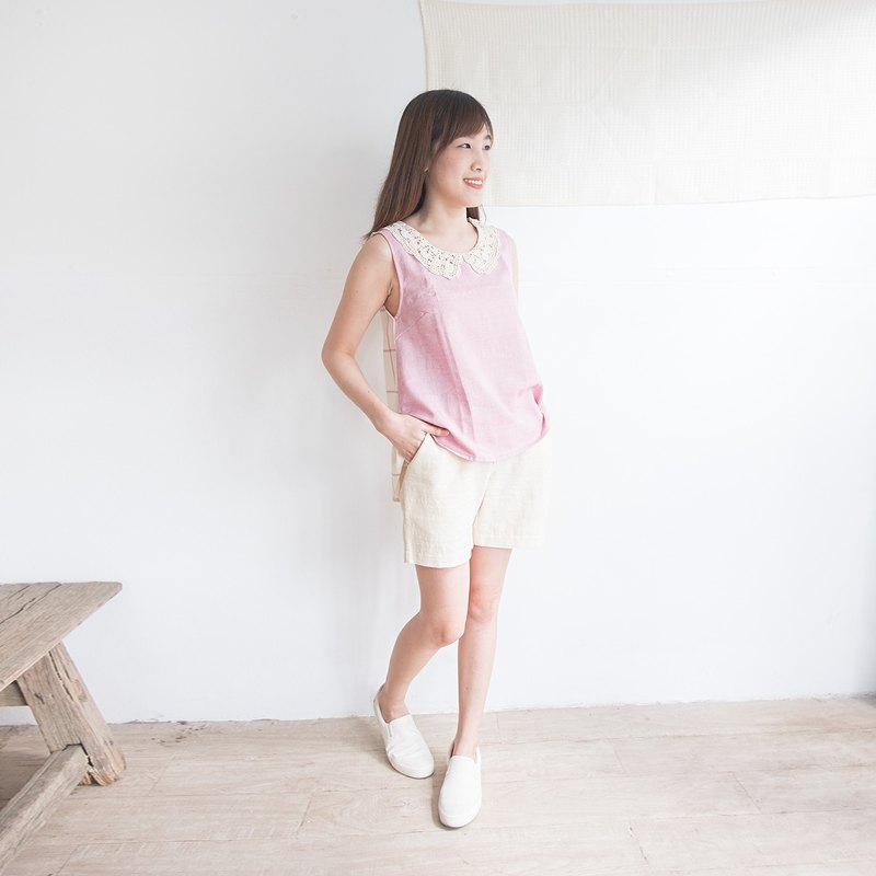 Round Neck Sleeveless Vest with Lace Collar Botanical Dyed Cotton Pink