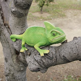 SUSS-Japan Magnets immersive animal series cute chameleon modeling money bank (green)-spot