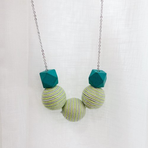 Green Wooden Beans Necklace Birthday Gift Wedding BFF