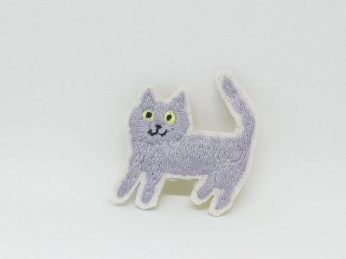 Embroidery Brooch Cat Gray