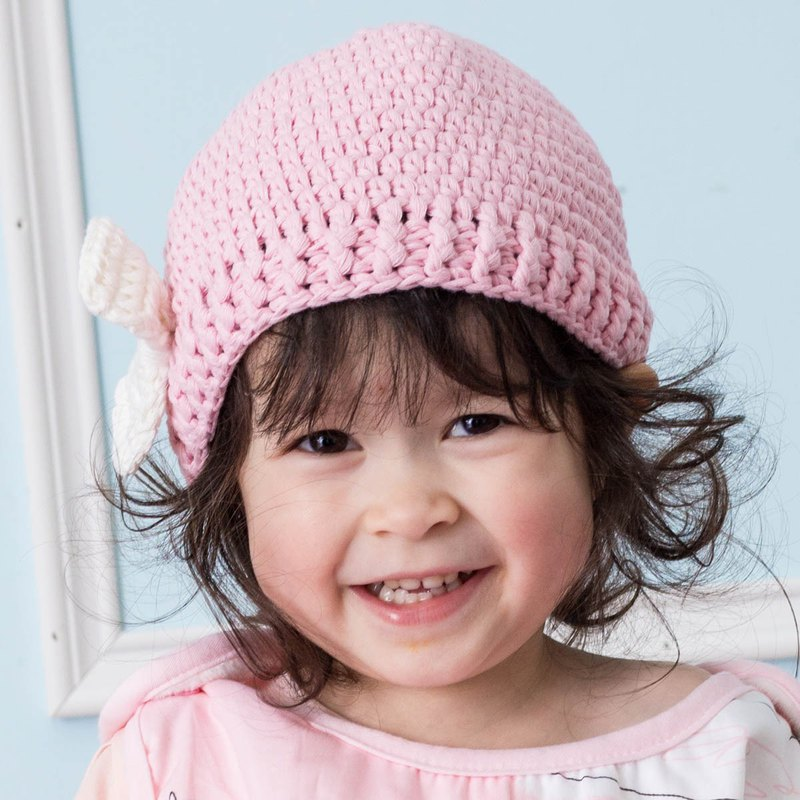 Cutie Bella Hand Knit Cap Bow-Pink/Cream