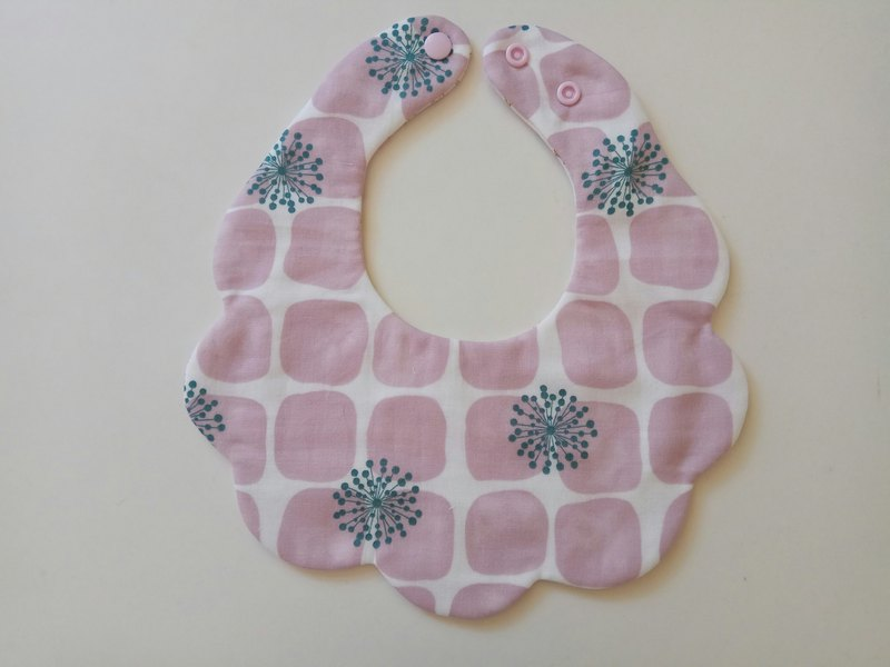 Japanese cotton gauze pink square fireworks cotton yarn cloud bib baby bib