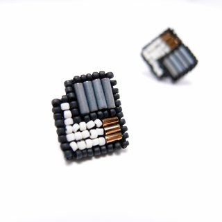 Geometric Square Embroidery Earrings / Grey