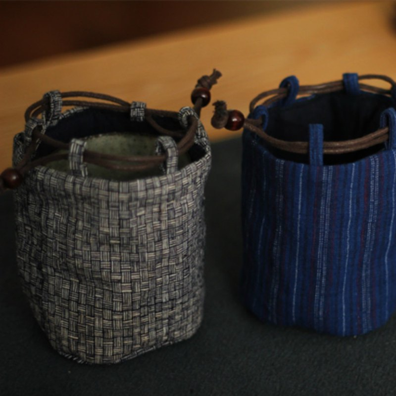 Blue gray hand woven quilted padded teacup bag shatter-resistant portable storage bag teapot bag tea ceremony accessories