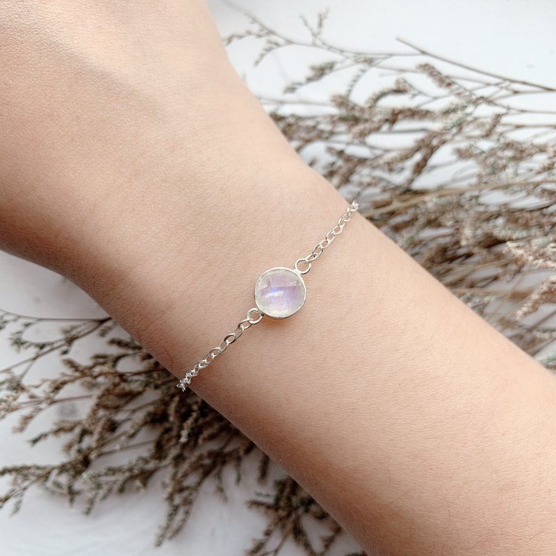 Moonstone 925 sterling silver double-sided gemstone cutting simple design bracelet